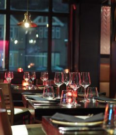 6 Ways to Decor Works Best for Small Town Restaurant