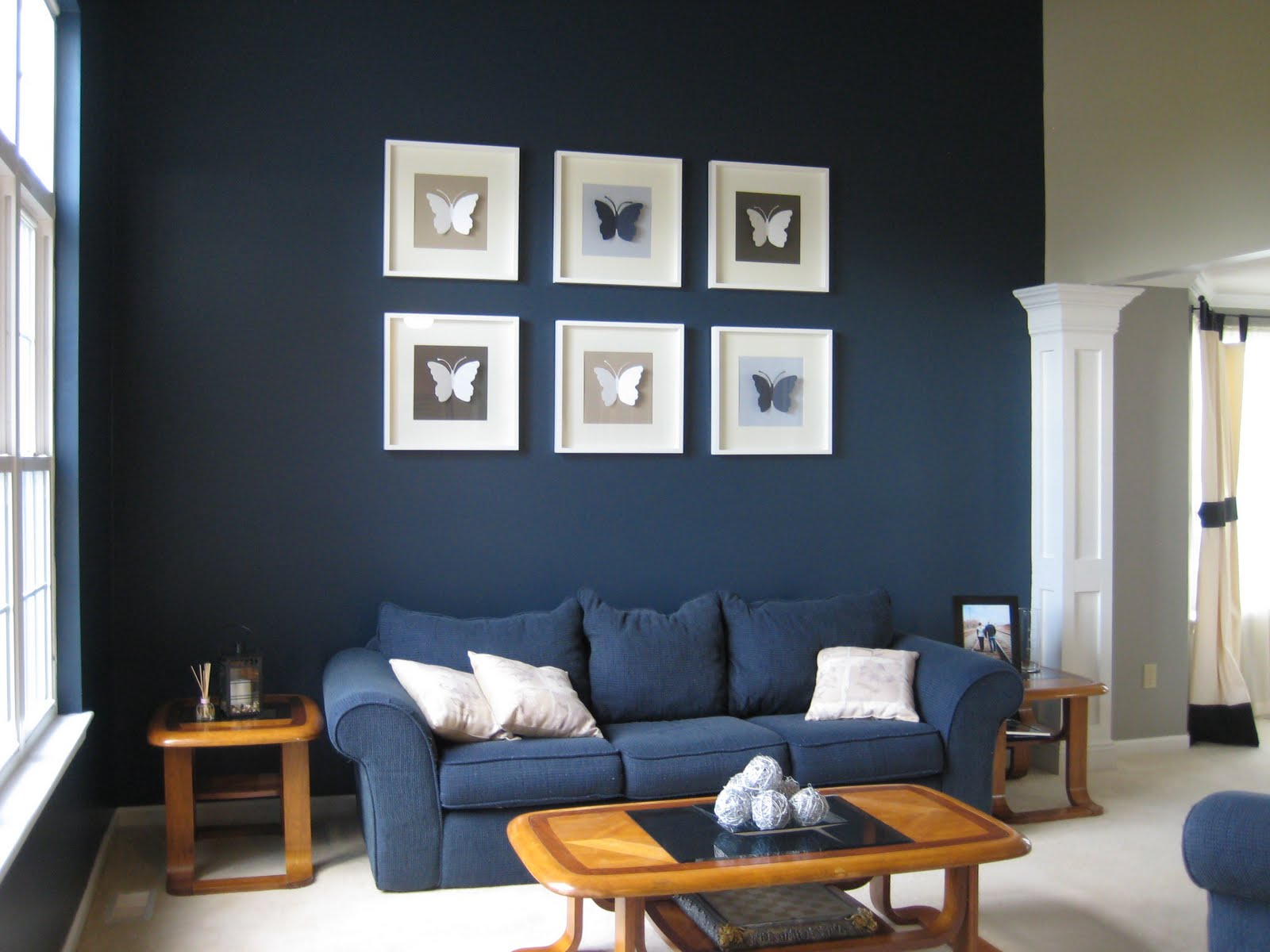 navy blue paint in living room