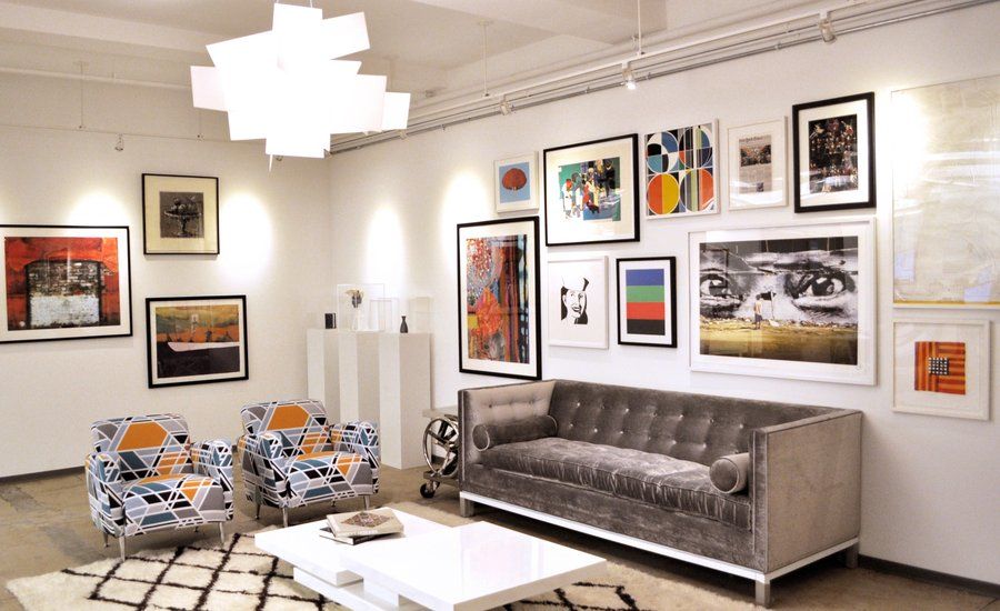 use perfect art in living room