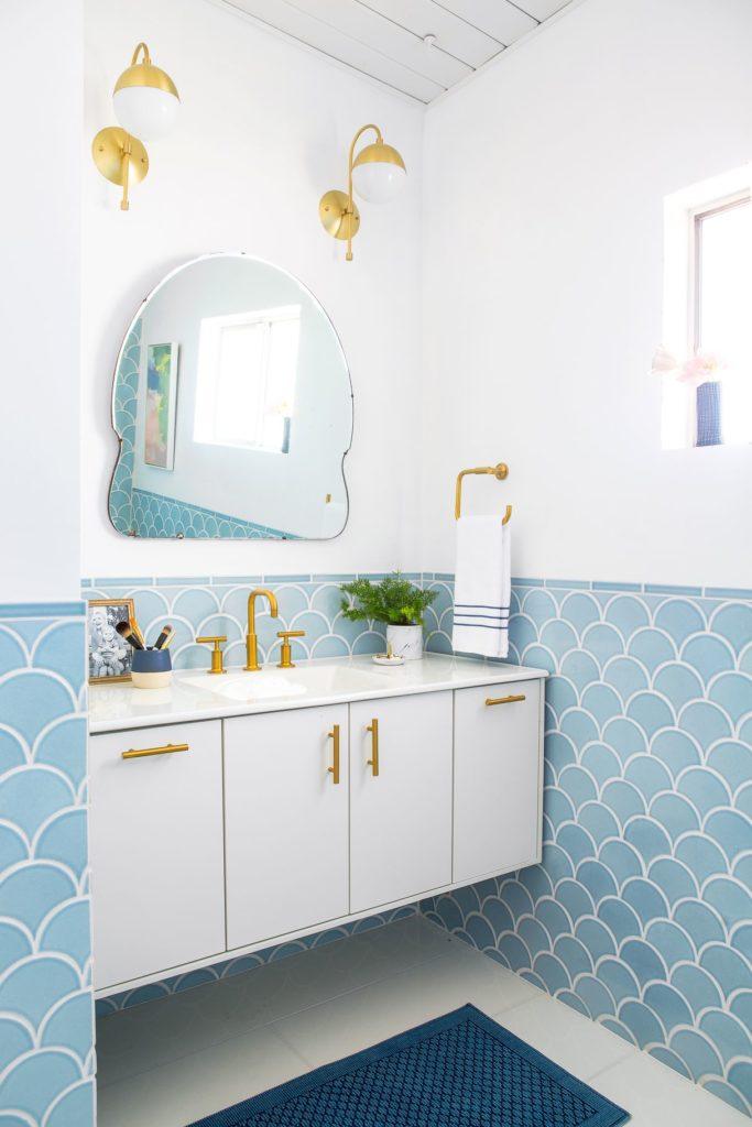 baby blue border tile