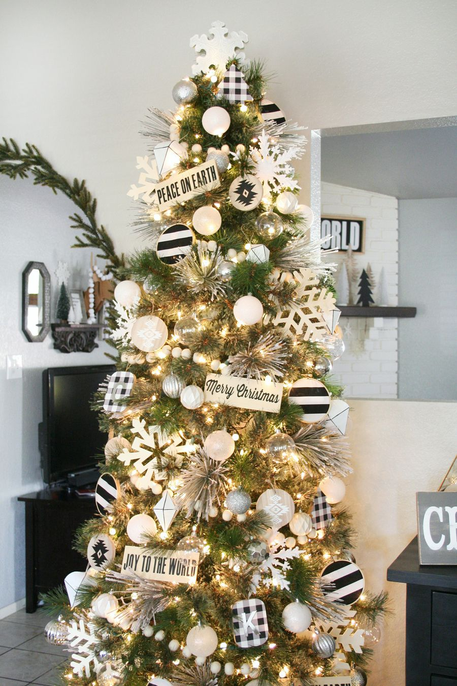 black-and-white Christmas tree