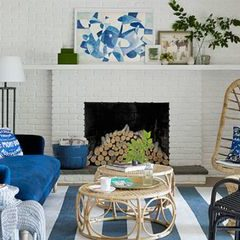 way to decor your home with blue paint
