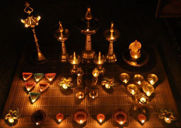 beautiful accessories   mandir decoration ideas