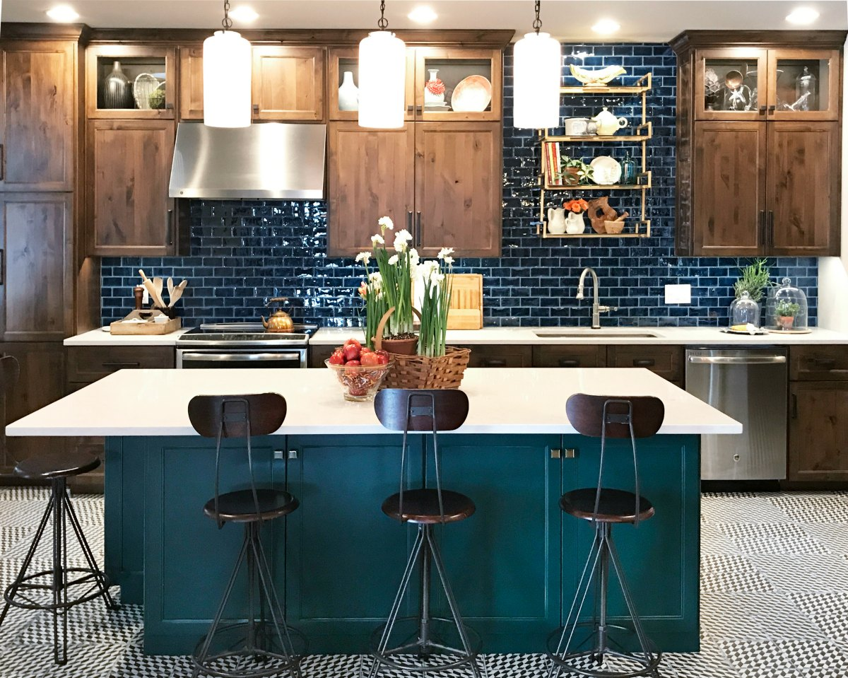 add amazing color in the kitchen | home decor tips