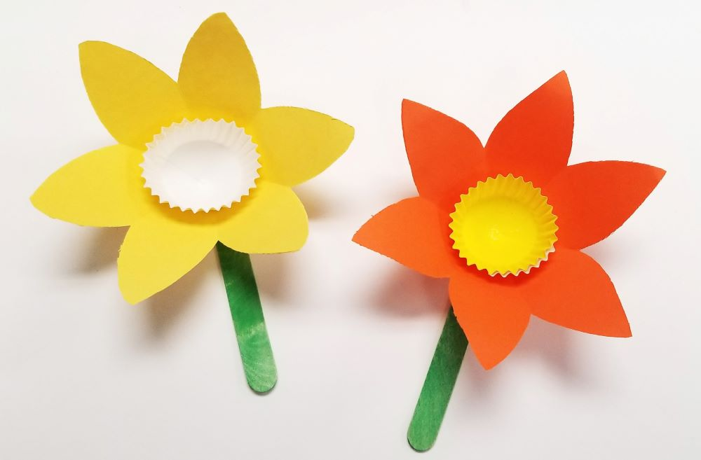 e) Paper Cup Flowers Craft