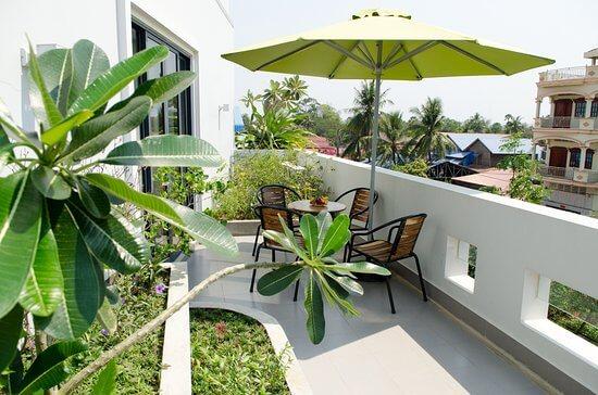 Tropical Balcony:design