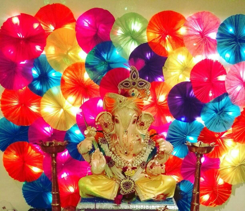 ganesh-decortaion-with-pinwheels