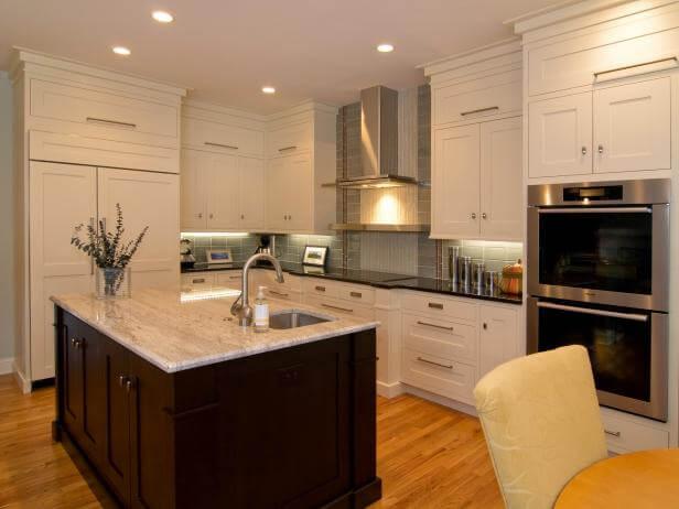 Natural, Modern Kitchen