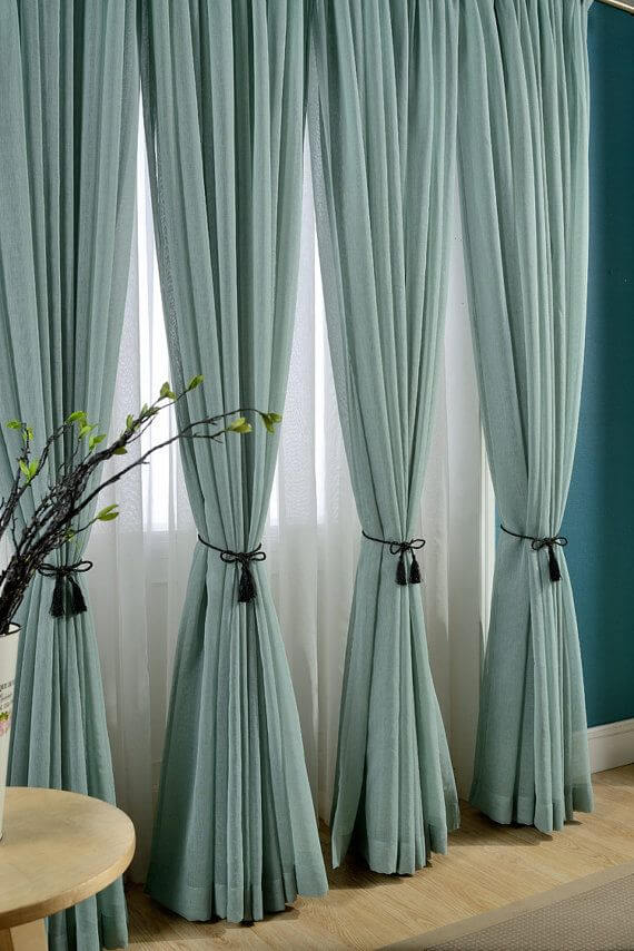 Classic curtains and drapes in blue tones for living room