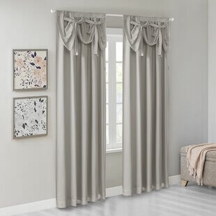 Arched windows curtain with ties